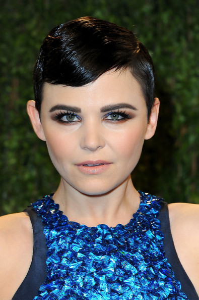 Ginnifer Goodwin rocked a slick pixie at the 2013 Vanity Fair Oscar party.