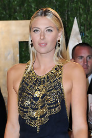 Maria Sharapova's modern, geometric earrings were cool and funky at the Vanity Fair Oscar party.