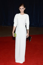 Kate Mara chose this column-style gown with a bow detailing for her chic and contemporary red carpet look.