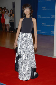 Kerry Washington chose this black-and-white gown with a patterned skirt for her chic red carpet look.