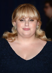 Rebel Wilson chose this half up, half down 'do for her elegant look at the White House Correspondents' Dinner.