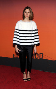 Sofia Coppola completed her red carpet look with a pair of black satin evening sandals.
