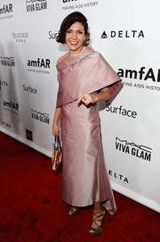 Alessia Scrofana looked very classy in her lavender evening dress at the amfAR Inspiration Gala.