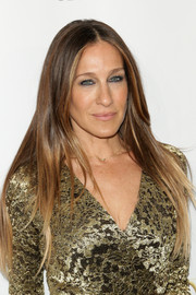Sarah Jessica Parker kept it simple with this straight center-parted 'do at the DVF Awards.