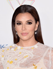Eva Longoria didn't need much more than this simple straight 'do to look absolutely gorgeous at the Global Gift Gala.