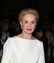 Carolina Herrera looked regal with her brushed-back 'do at the Fashion Institute of Technology benefit.
