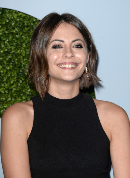 Willa Holland sported short, asymmetrical waves at the 2014 GQ Men of the Year party.