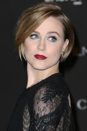 Bold red lipstick added a dose of sexiness to Evan Rachel Wood's look.