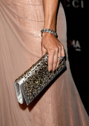 Kate Hudson attended the 2014 LACMA Art + Film Gala wearing a chic silver link bracelet.