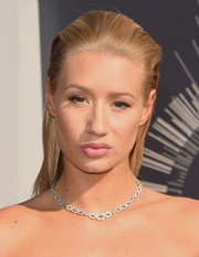 Iggy Azalea wore a Nasrin Imani geometric diamond necklace from the D'Orazio Showroom while attending the 2014 MTV VIdeo Music Awards.