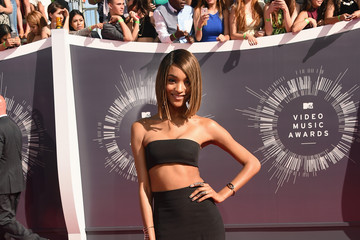Jourdan Dunn Goes Black in Balmain at the 2014 MTV VMAs