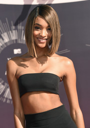 Jourdan Dunn sported a super-neat bob at the 2014 VMAs.