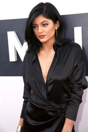 We love Kylie's Giles & Brother lariat necklace.