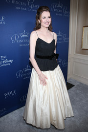 Geena Davis donned a black camisole with a bowed velvet belt for the Princess Grace Awards Gala.