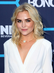 Maddie Hassen sported sexy, beachy blond waves at the Young Hollywood Awards.
