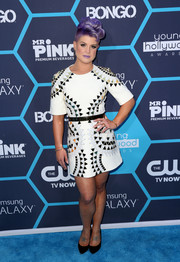Kelly Osbourne was modern and edgy in a geometric-patterned mini dress at the Young Hollywood Awards.