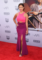 Rocsi Diaz looked very trendy in a two-tone cutout gown by Jay Godfrey during the AFI Life Achievement Award Gala.