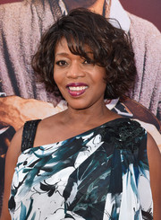 Alfre Woodard topped off her look with a curled-out bob when she attended the AFI Life Achievement Award Gala.