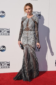 Giuliana Rancic went for Art Deco glamour in a beaded sheer-panel gown by Gabriela Cadena during the American Music Awards.