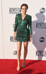 Keltie Knight cut a strong silhouette in a quilted green shoulder-pad dress by Balmain at the American Music Awards.