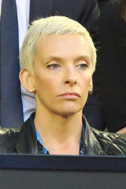 Toni Collette was spotted at the 2015 Australian Open rocking a close-cropped pixie.