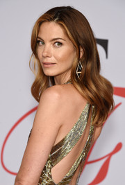 Michelle Monaghan styled her hair with gentle waves for the CFDA Fashion Awards.
