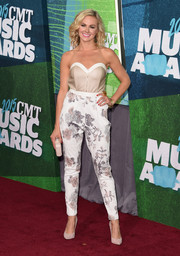 Laura Bell Bundy looked cool and chic in a strapless jumpsuit with floral pants at the CMT Music Awards.