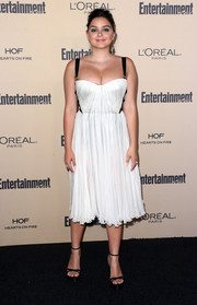 Ariel Winter paired her frock with sleek black platform sandals.
