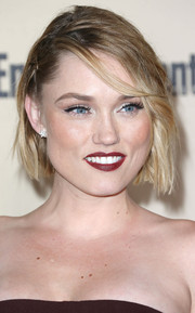 Clare Grant sported a messy-chic bob at the 2015 Entertainment Weekly pre-Emmy party.