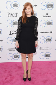 Jessica Chastain kept it conservative and classic in a lace-sleeve LBD by Saint Laurent during the Film Independent Spirit Awards.
