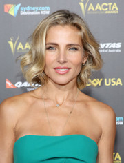 Elsa Pataky framed her face with a short wavy 'do for the 2015 G'Day USA Gala.