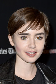 Lily Collins sported a cute pixie at the 'Fast Times at Ridgemont High' closing night live read.
