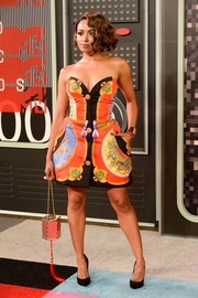 Kat Graham looked vibrant in this Versace fit-and-flare strapless dress during the MTV VMAs.