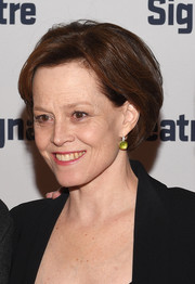 Sigourney Weaver sported a short bob at the 2015 Signature Theatre Gala.