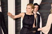 Sienna Miller and Tom Sturridge Photo