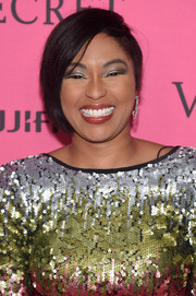 Alicia Quarles attended the 2015 Victoria's Secret fashion show after-party wearing a short, half-shaved 'do.