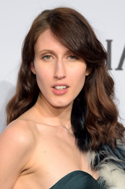 Anna Cleveland styled her hair with girly waves and side-swept bangs for the amfAR New York Gala.