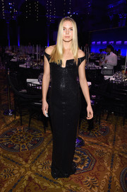 Jordan Murray oozed classic glamour at the amfAR New York Gala in a sequined black off-the-shoulder gown.