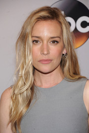 Piper Perabo showed off beach-sexy waves at the 2016 ABC Upfront.