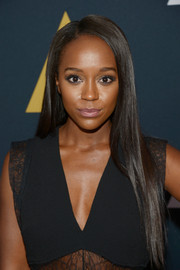 Aja Naomi King wore her long hair loose in a pin-straight style at the 2016 Academy Nicholl Fellowships in Screenwriting Awards.