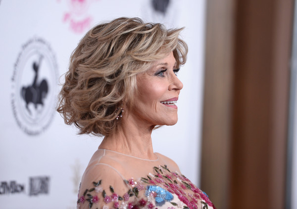 Jane Fonda Hair Styles: More Pics Of Jane Fonda Curled Out Bob (2 Of 2)