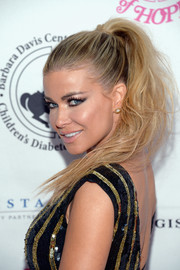 Carmen Electra went edgy with this messy ponytail at the 2016 Carousel of Hope Ball.
