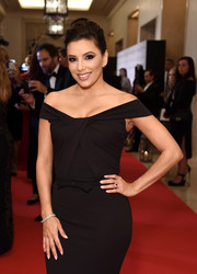 Eva Longoria oozed elegance wearing this diamond bracelet and off-the-shoulder gown combo at the Global Gift Gala during the Dubai International Film Festival.