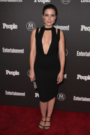 Sophia Bush grabbed attention in a little black dress with a huge, cleavage-revealing cutout during the Entertainment Weekly and People New York Upfronts.