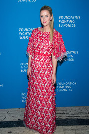 Nicky Hilton looked breathtaking in this Giambattista Valli floral-embroidered gown during the Foundation Fighting Blindness World Gala.