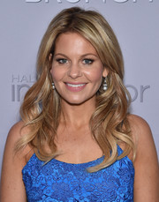 Candace Cameron Bure looked sweet and lovely with her long wavy hairstyle at the 2016 Garden Brunch.
