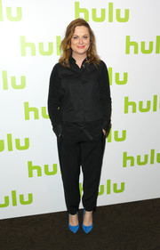Amy Poehler opted for a basic black button-down shirt when she attended the 2016 Hulu Upfront.