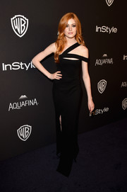 Katherine McNamara was effortlessly glam at the InStyle and Warner Bros. Golden Globes post-party in a black one-shoulder gown with a strappy neckline.