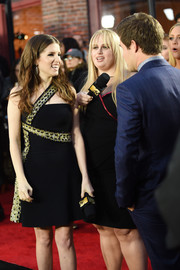 Anna Kendrick attended the MTV Movie Awards looking chic in a one-shoulder LBD with gold trim.