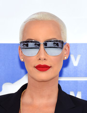 Amber Rose's matte red lippy did an excellent job of illuminating her face!
